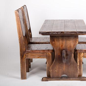 Преимущества деревянной мебели